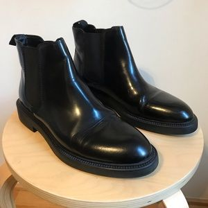 5b532e04a77 Vagabond Shoes - Vagabond Alex Chelsea boots black polished leather